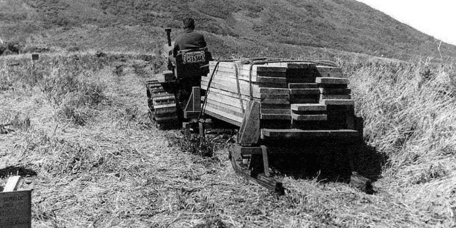 tractor-hauling-weir-lumber-old-vintage-history-photo